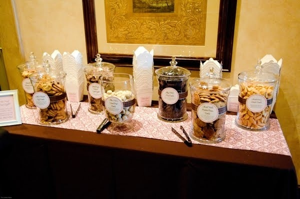 Cookie Buffet take away containers wedding favor idea
