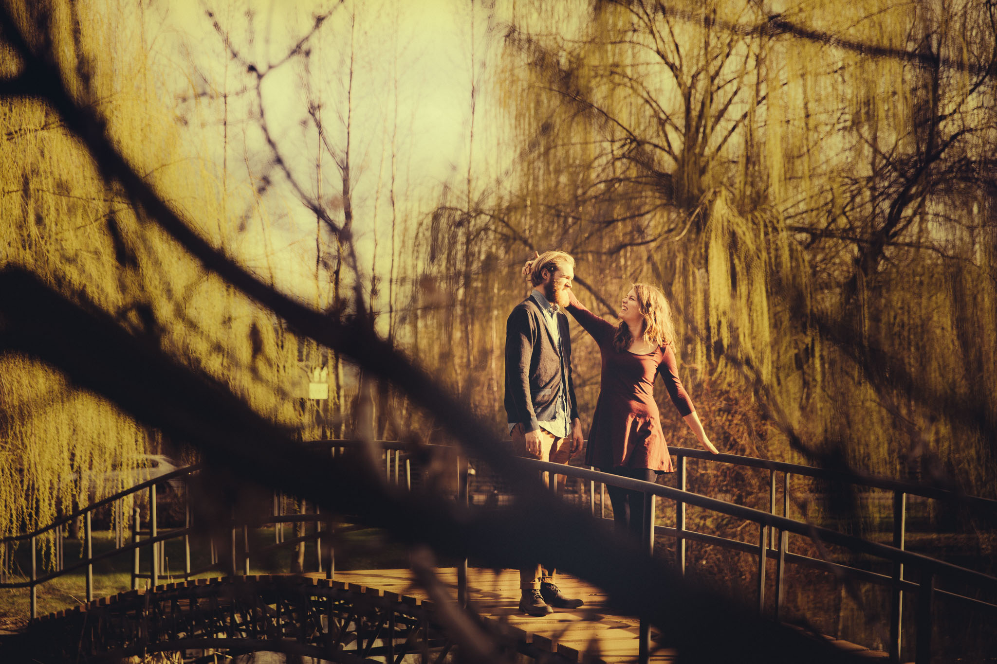 Engagement Photography Couple Walking in weeping willows