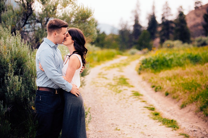 Knox Mountain Engagement Photos - Tailored Fit Photography Kelowna-0008