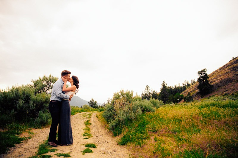 Knox Mountain Engagement Photos - Tailored Fit Photography Kelowna-0108
