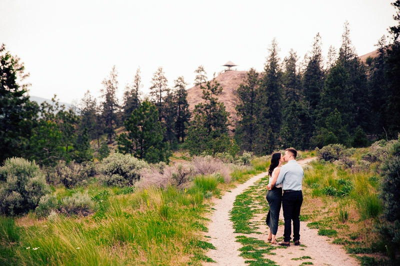 Knox Mountain Engagement Photos - Tailored Fit Photography Kelowna-0110