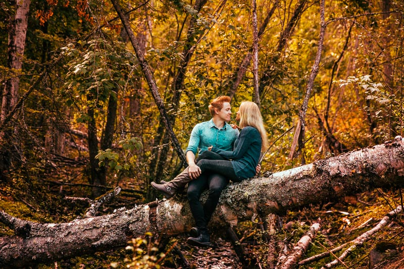 Fall Engagement Photo Ideas Tailored Fit Photography