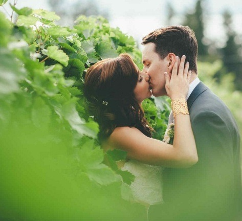 21 Okanagan Wedding Photographers