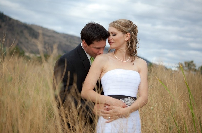 43 Okanagan Wedding Photographers