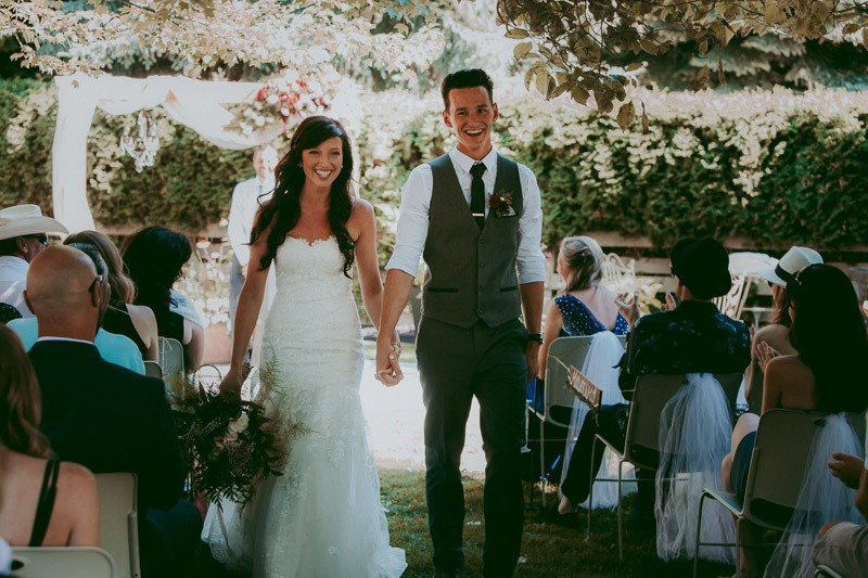 Kelowna Wedding Photography - Rustic Sunkissed Outdoor Wedding Photos by Kelowna Wedding Photographer Tailored Fit Photography-0022