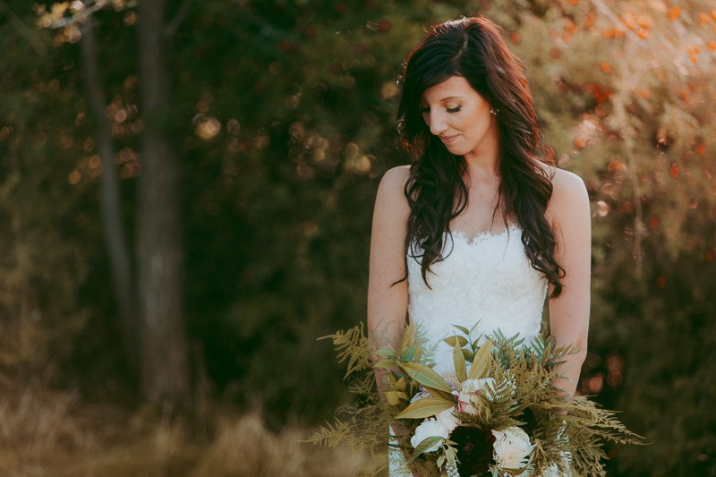 Kelowna Wedding Photography - Rustic Sunkissed Outdoor Wedding Photos by Kelowna Wedding Photographer Tailored Fit Photography-0046