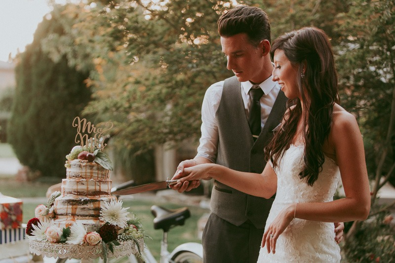 Kelowna Wedding Photography - Rustic Sunkissed Outdoor Wedding Photos by Kelowna Wedding Photographer Tailored Fit Photography-0053