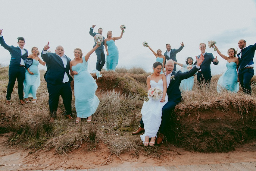 bridal party portraits that aren't cheesy