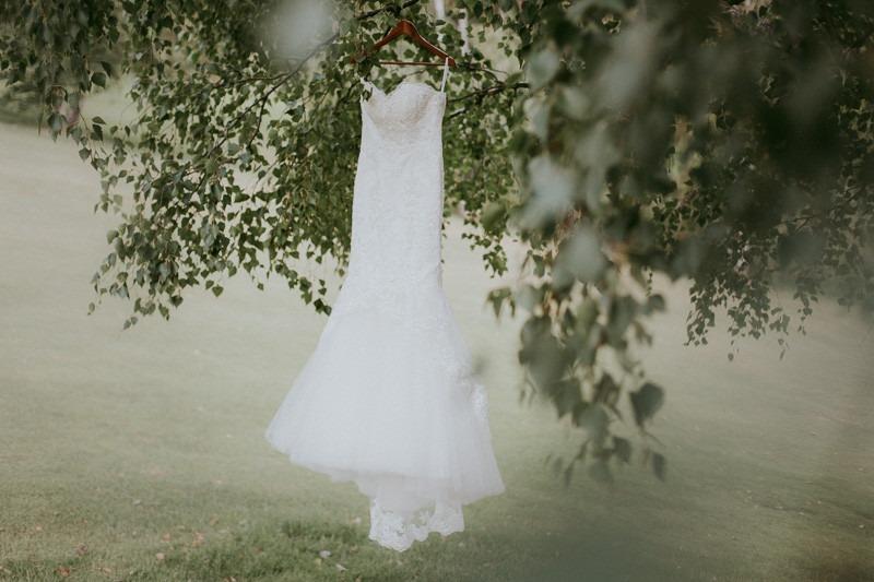 gorgeous wedding dress photo