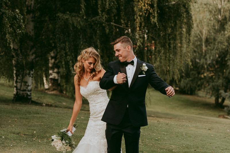 okanagan-resort-wedding-ceremony-reception-in-kelowna-tailored-fit-photography-0039