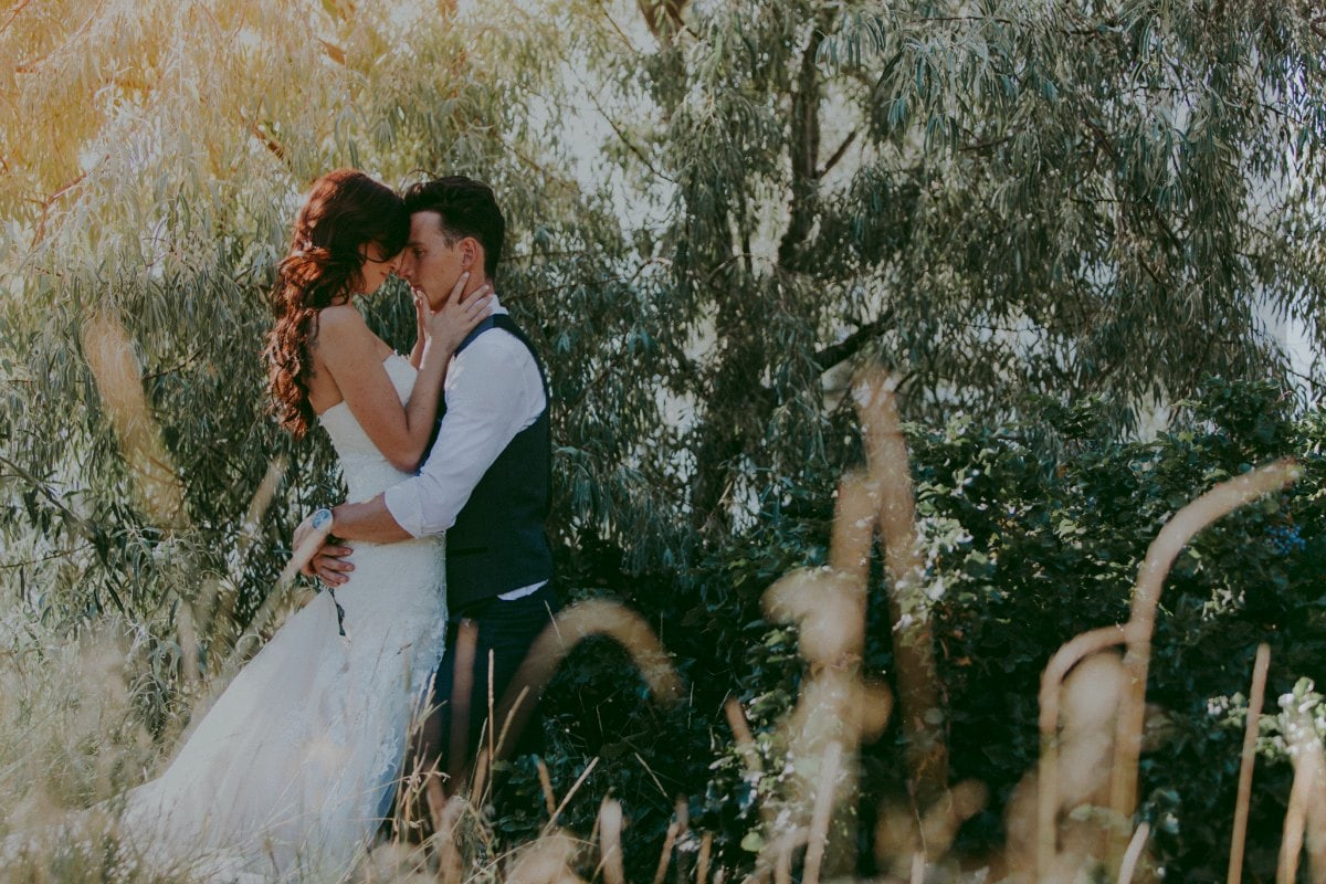 diy-kelowna-backyard-wedding-photos-lg