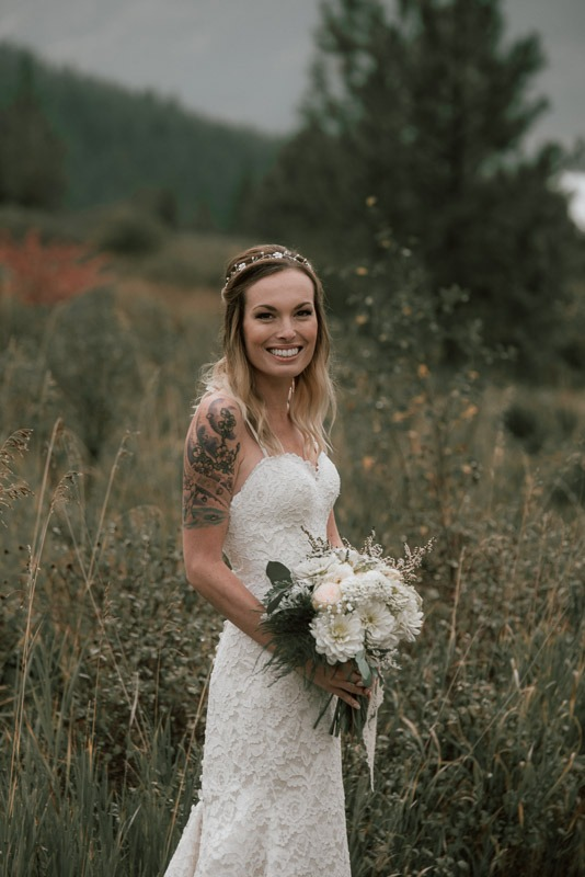 brides with tattoos - super cute wedding photos at durali villa vernon