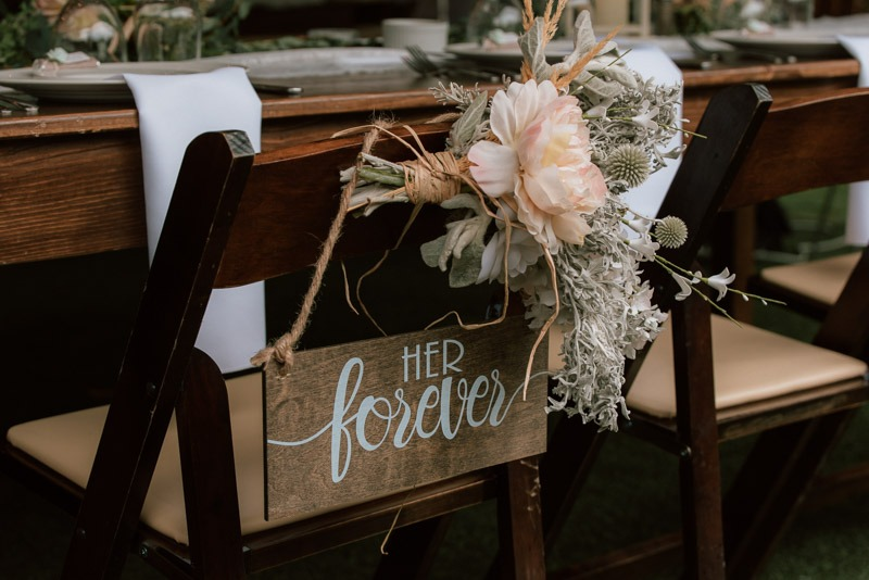 her forever sign - durali villa wedding reception in vernon bc outdoors details