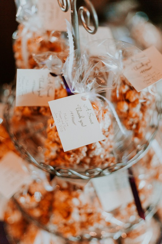 Wedding popcorn bar - caramel corn wedding favour
