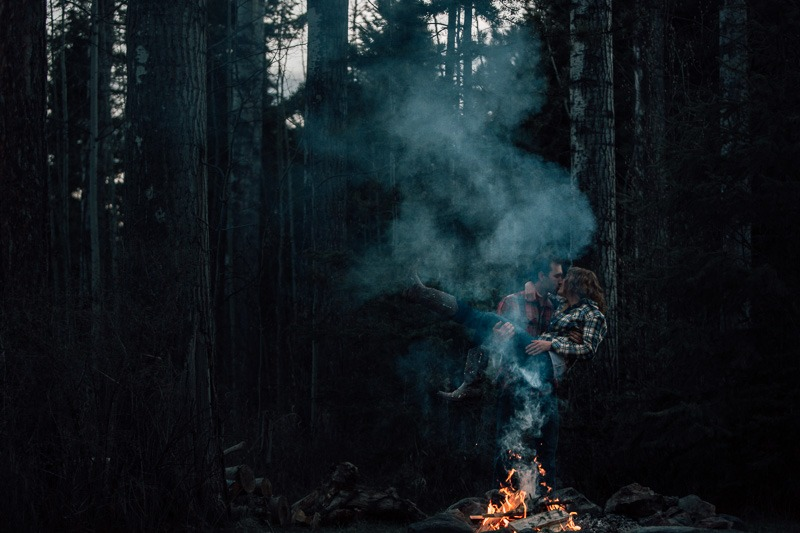 forest engagement photo ideas